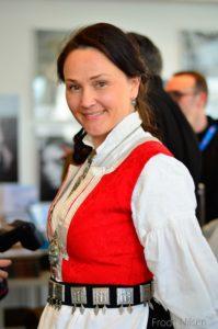 Anja Cecilie Solvik - Samfunn og økonomi